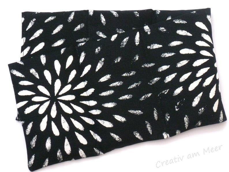 6 Chamber Grain Pillow Heat Pillow XXL Black/White  Selection image 0