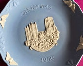 Wedgwood blue jasperware Christmas Plate 1990, Durham Cathedral, Wedgwood Jasperware, jasperware plate, Wedgwood Christmas plate