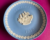 Wedgwood blue jasperware Christmas Plate 1990, Merry Christmas, Wedgwood Jasperware, jasperware plate, Wedgwood Christmas plate