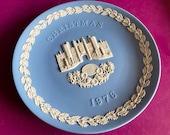 Wedgwood blue jasperware Christmas Plate 1976, Hampton Court, Wedgwood Jasperware, jasperware plate, Wedgwood Christmas plate