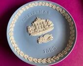 Wedgwood blue jasperware Christmas Plate 1985, Tate Gallery, Wedgwood Jasperware, jasperware plate, Wedgwood Christmas plate