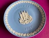 Wedgwood blue jasperware Christmas Plate 1987, Guildhall London, Wedgwood Jasperware, jasperware plate, Wedgwood Christmas plate