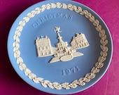 Wedgwood blue jasperware Christmas Plate 1971, Piccadilly Circus, Wedgwood Jasperware, jasperware plate, Wedgwood Christmas plate