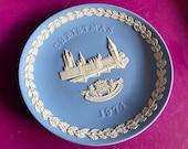 Wedgwood blue jasperware Christmas Plate 1974, Houses of Parliament, Wedgwood Jasperware, jasperware plate, Wedgwood Christmas plate