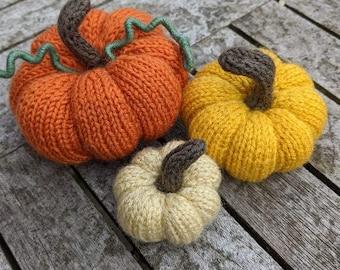 PDF Knitting Pattern - Knitted Pumpkins (3)