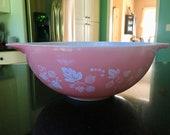 Pyrex Large 4 Quart Gooseberry Cinderella Mixing Bowl 444