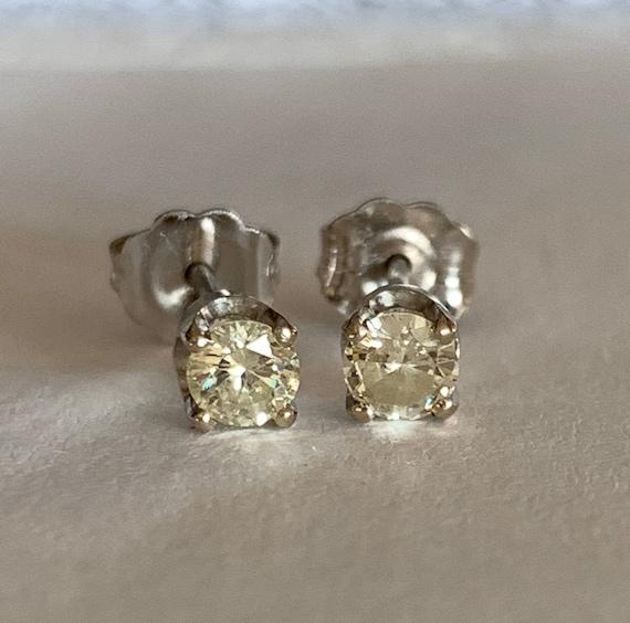 Diamond Stud Earrings   14k - image 1