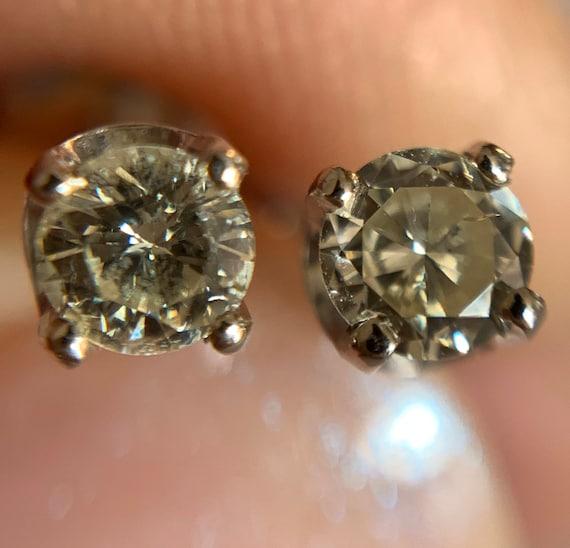 Diamond Stud Earrings   14k - image 4