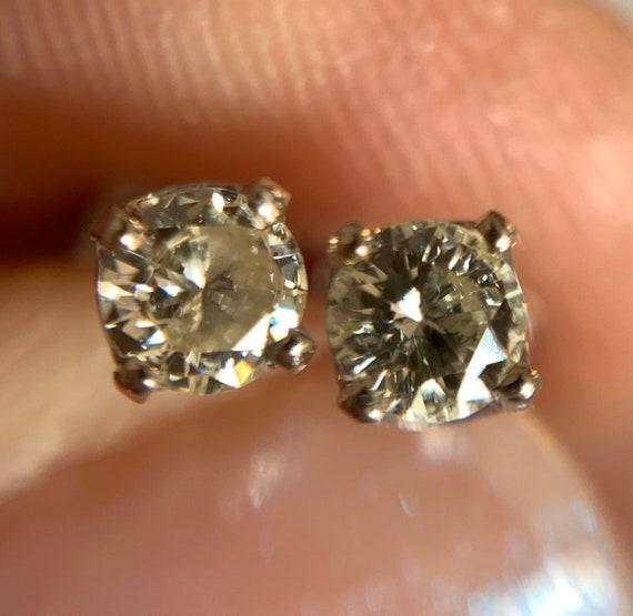 Diamond Stud Earrings   14k - image 7