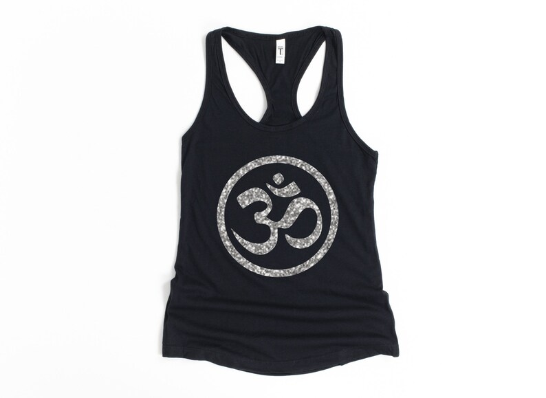 Exercise /& Fitness Apparel Ladies Yoga Top Yoga Lover Workout Apparel Spiritual Gift Yoga Tank Top For Women Summer Tank Top Om Shirt
