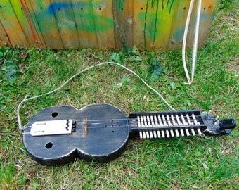 Budget Keyed Fiddle, Key Fiddle, Moraharpa, Organistrum, Siena Harpa, Keyfiddle