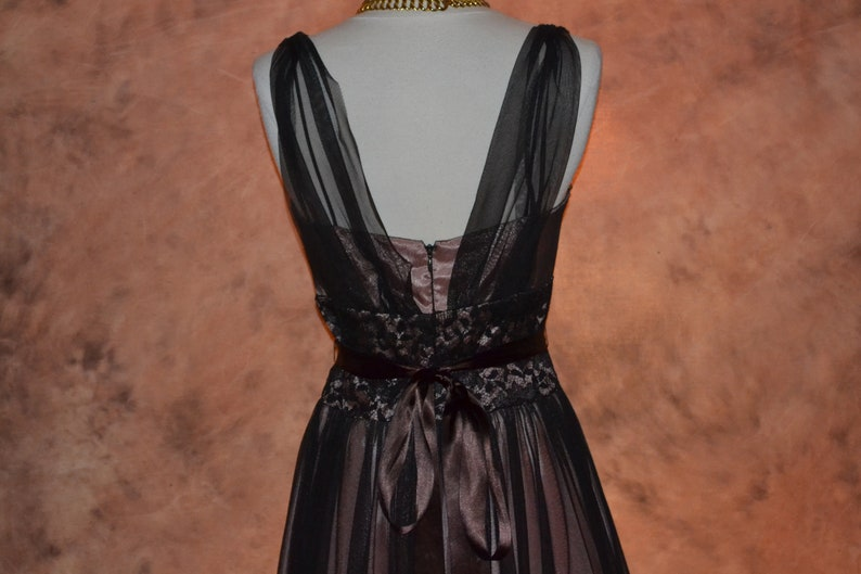 Betsy /& Adam NWT Party Dress Women/'s Formal Evening Dress Chocolate Brown Tulle and Coral Satin Backless Plunging Neckline Elegant