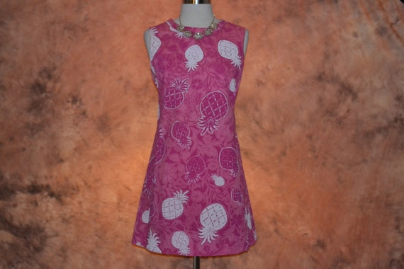 Lilly Pulitzer The Lilly 60s - 70s Pink Cotton Vin