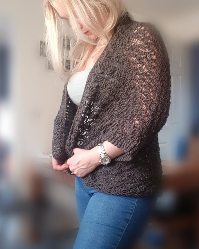 Knitted cardigan accessory pattern / knitted downloadable image 0