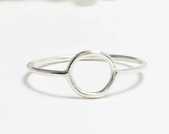 Open Circle Ring, Dainty Rings for Women, Thin Cute Silver Ring, Minimalist Ring, Tiny Simple Casual Karma Ring, Eternal Ring | Unity Ring