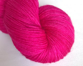 Bona Yarns -  100g hand dyed yarn - 'Pink Rosebud' - DK/Fingering/Sock - Superwash Merino/BFL - Semisolid Pink