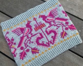 Cowl Stranded Knitting Pattern with Birds - 'Lovebird'