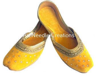 c32c6c537dcff Yellow khussa shoes | Etsy