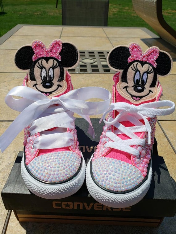 Minnie Mouse Customized Converse Chuck