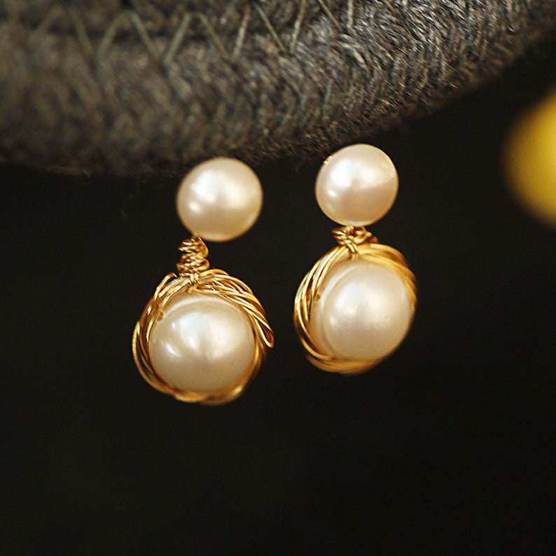 Freshwater Pearl 14k Gold Plated Handmade Wrapped Three-Dimensional Exquisite Lady Earrings Minimalist Jewelry