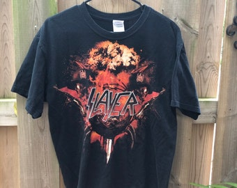44de587e9 Vintage Slayer Graphic Tee