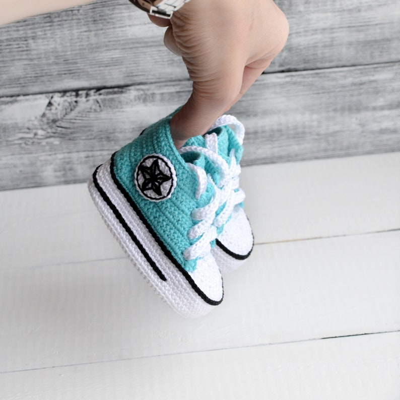 f4f5062b6124 Gift Mother Day crochet Sneakers crochet converse all star
