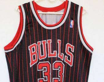 6878bef1cbb Vintage 90s Champion Chicago Bulls NBA #33 Scottie Pippen Basketball Sport  Vest Top Tee T Shirt T-Shirt size L