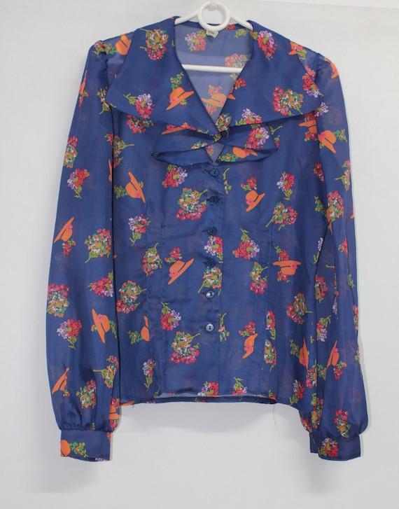 Vintage tapestry pattern print blouse short sleeve shirt 1970s 70s