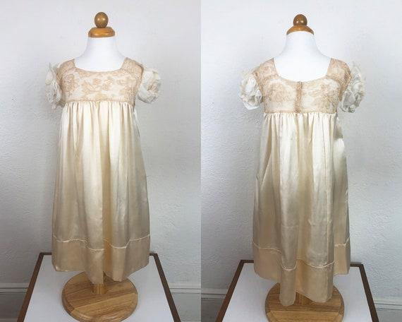 Vintage 20s 30s Baby Dress Gown Ecru Silk Charmeu… - image 1