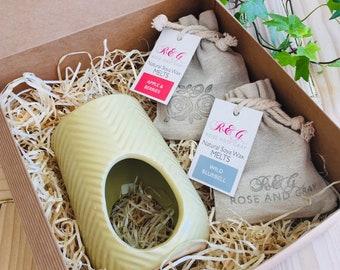 Wax Melt & Burner Boxed Gift Set - Starter Set - Chevron Ceramic Burner - Light Mustard