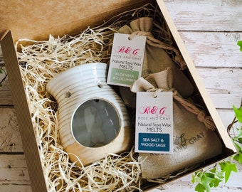 Wax Melt & Burner Boxed Gift Set - Starter Set - Rustic Two Tone Ribbed Burner - White