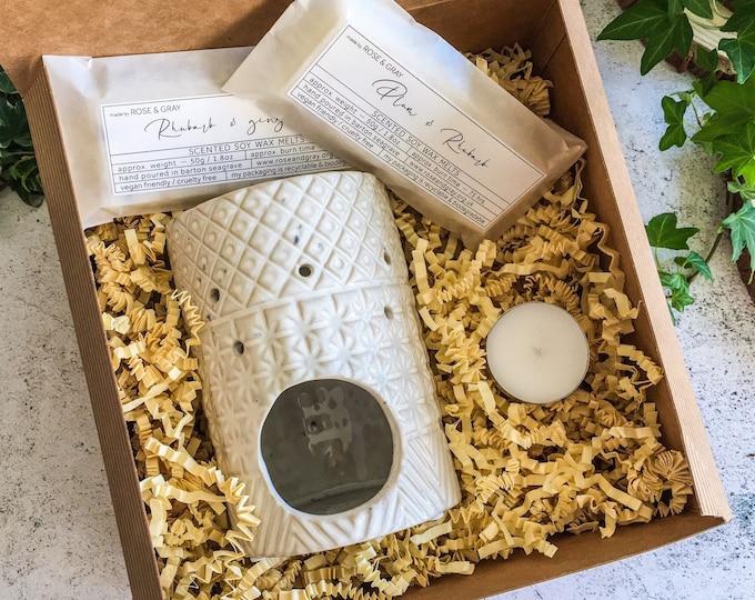 Featured listing image: White Rustic Geometric Glazed Stoneware Fragrance Burner Boxed Gift Set | Quality Handmade Wax Melt Snap Bars | Starter Set