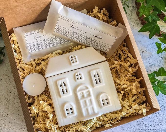 Featured listing image: White House Ceramic Fragrance Burner Boxed Gift Set | Quality Handmade Soy Wax Melt Snap Bars | Starter Set