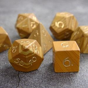 Transparent Fuschia D/&D Dice Set Magnets