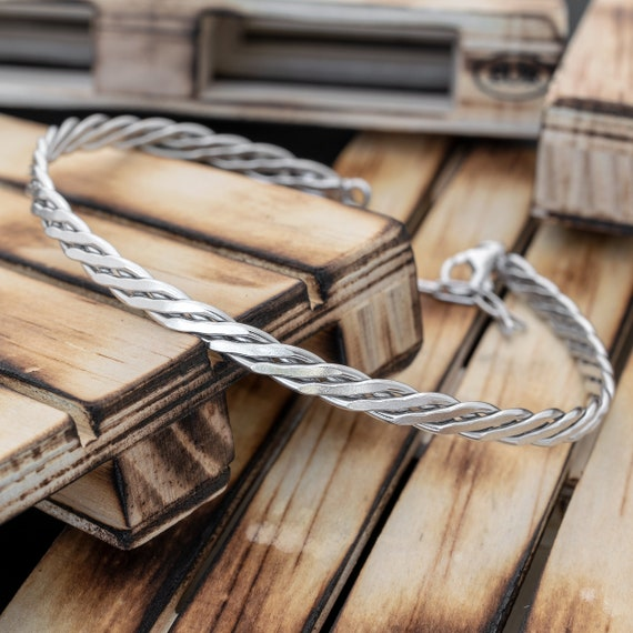 the perfect gift for husband or boyfriend including gift box STERLL Bracelet for men made of solid 925 silver