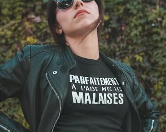Parfaitement à l'aise avec les malaises  - T-Shirt à col rond - manches courtes
