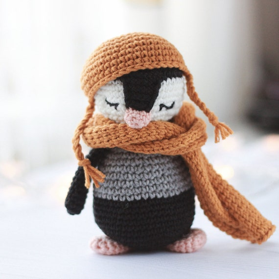 Baby Penguin Crochet Pattern   Crochet monkey, Crochet penguin ...   570x570