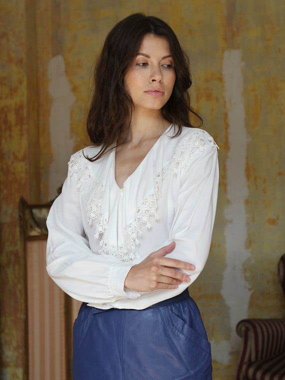 Vintage White Ruffle Blouse, Victorian Style Top - image 9