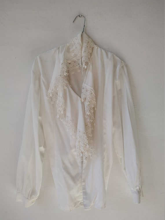 Vintage White Ruffle Blouse, Victorian Style Top - image 10
