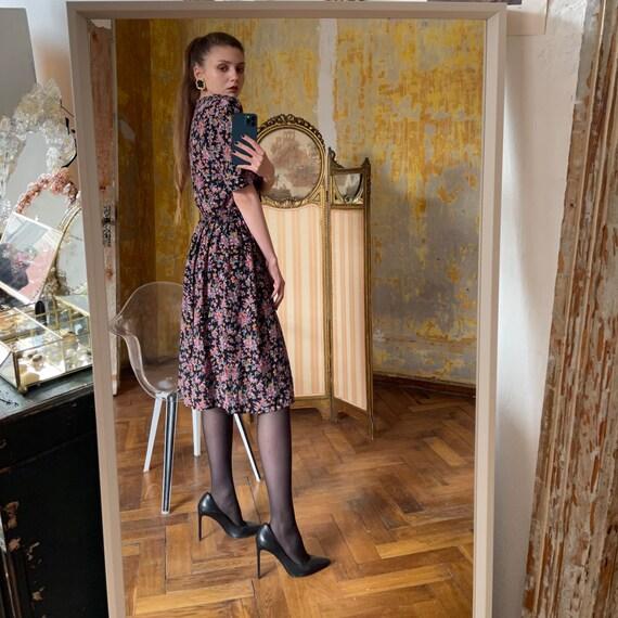 1980s Silk Floral Dress, Cottagecore Dress - image 6