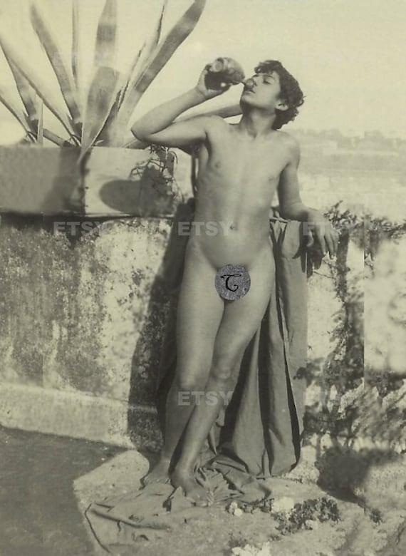 sexy naked girls licking penis