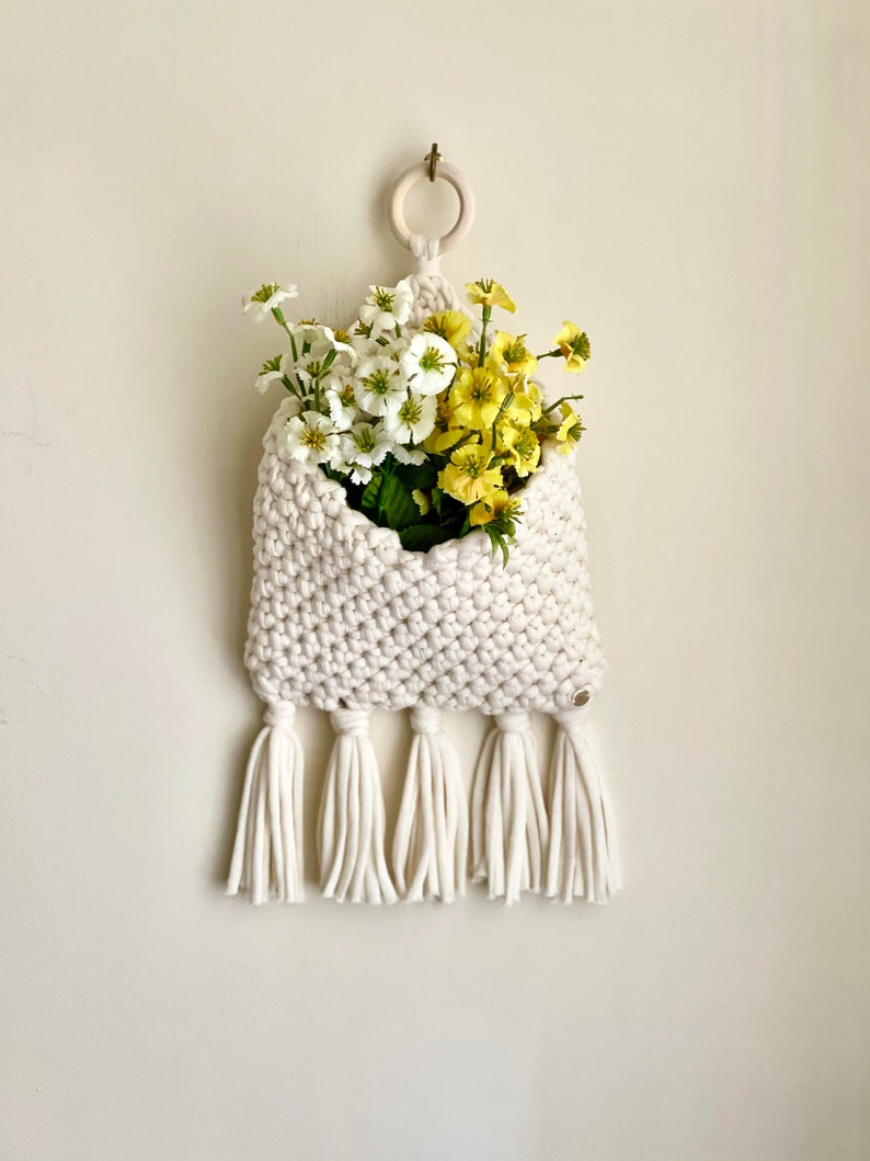Mini Macrochet Pocket Wall Hanging PDF pattern only NOT a image 0