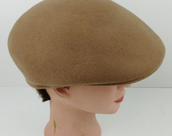 ebf296bdb1c cd Vintage Country Gentleman Tan Wool Newsboy Cab Mens Cap Hat Sz Large