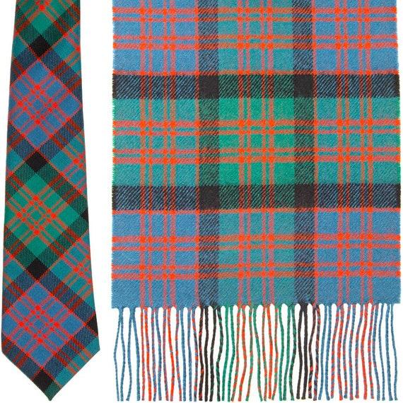 Clark Ancient Tartan Clan Fashion Scarf 100/% Lambswool Made in Scotland