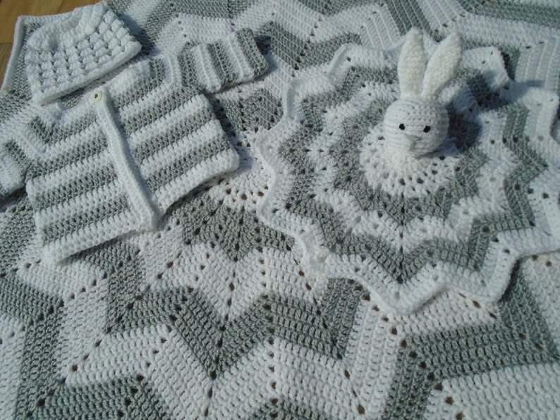 Blanket bunny lovey Crochet Handmade Gender Neutral Baby Cardigan Baby Gift Set Baby Boy Baby Shower Hat Girl