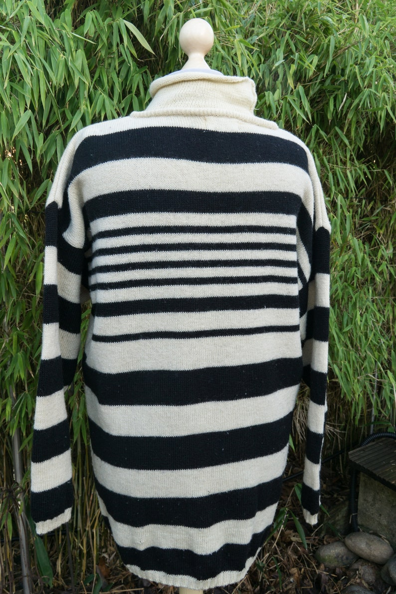 free shipping by eWerkCreative pure wool beige with black pattern Sweater from the 80s
