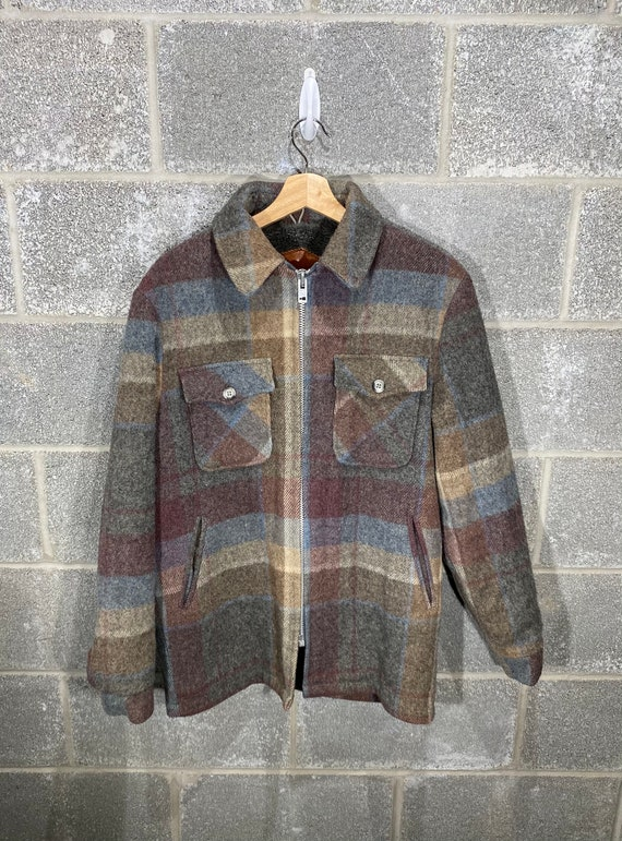 Vintage 1990s Plaid Made in USA Woolrich Jacket