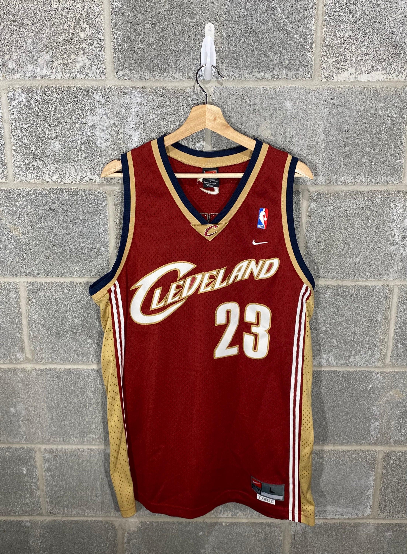 Vintage Y2K 2000s Lebron James 23 Cleveland Cavaliers NBA Nike Stitched Basketball Jersey