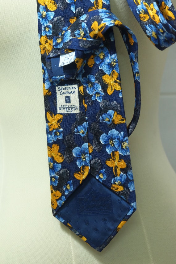 Necktie, Givenchy, Flower pattern, Vintage Excelle