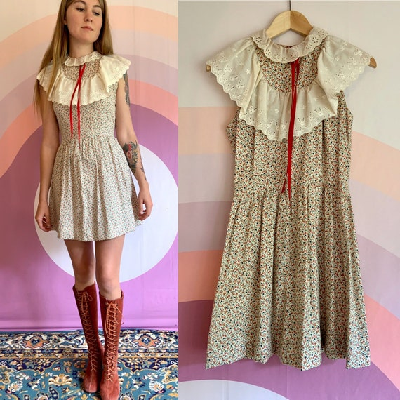 1970s Gunne Sax Prairie Inspired Red Floral Mini D